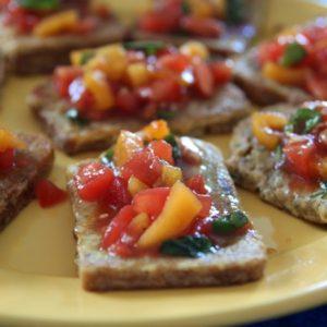 Grzanki francuskie z salsą pomidorową