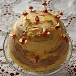 Tort orzechowo-miodowy