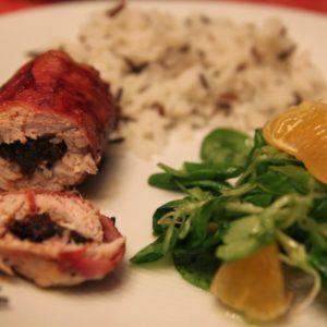 Polędwica wieprzowa rolowana z suszoną śliwką i camembert'em