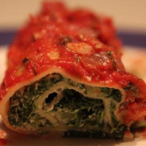 Zwijane lasagne z ricottą, szpinakiemi cukinią